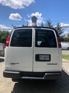 2003 3/4T Chevrolet Express Van