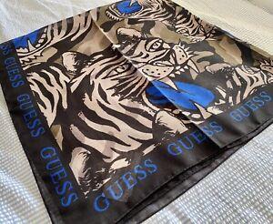Guess Imprimé Tigre écharpe