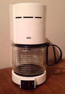 Original Braun Coffee Maker : Vintage White Braun 4085 Aromaster 10 Cup Drip Coffee Maker KF400 KF420 eBay