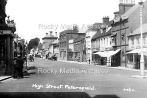 Dvc-60 The High Street, Petersfield, Hampshire. Photo