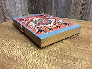 Vintage-Wood-Trinket-Box-Or-Storage-Case-Finger-Joints-And-Latch-K2