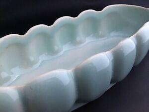 MCM-Aqua-Blue-Long-Lotus-Flower-Pot-Planter-USA-Pottery-Scallop-Ribbed-VTG