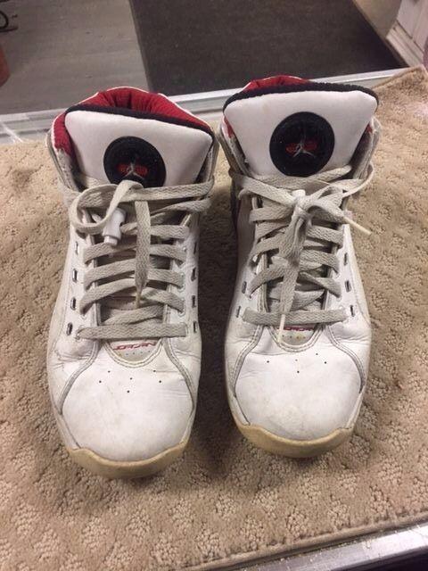 ddf186f07c3c 2007 Nike Air Jordan OL SCHOOL WHITE BLACK CEMENT GREY FIRE RED 317223-101