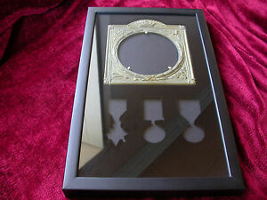 Casualty-Medal-Frame-to-house-3-WW1-Medals-amp-Replica-Memorial-Plaque-Display