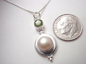 Cultured-Pearl-and-Faceted-Peridot-925-Sterling-Silver-Pendant-Corona-Sun