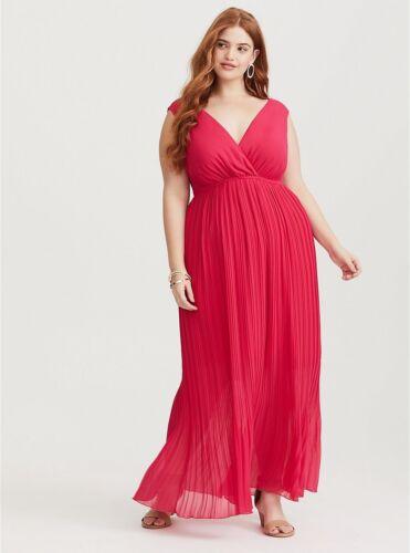 TORRID 1-1X  14-16 Raspberry pink red Pleated Chiffon Maxi Dress Chiffon Keyhole