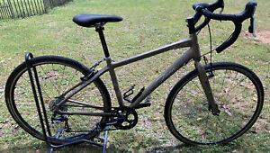 Trek FX 7.3 WSD Road/Gravel Bike