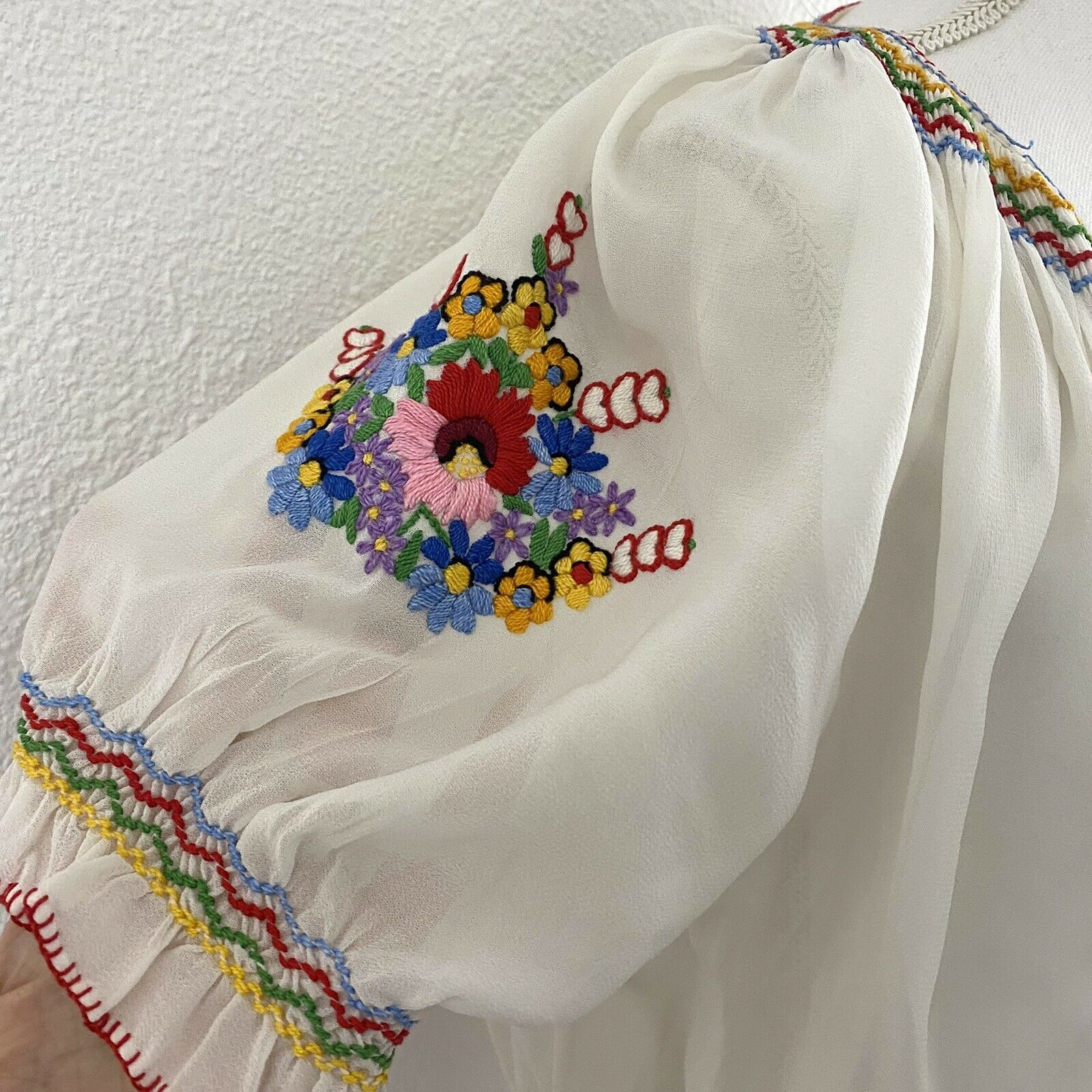 Vtg Hungarian Small Blouse Embroidered Floral She… - image 4