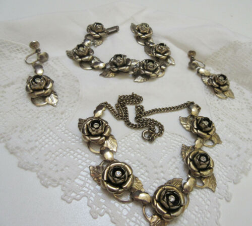 t Necklace roses earclips roses matching bracelet