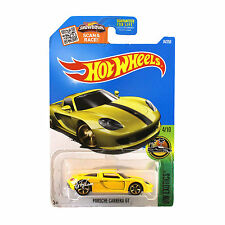 Hot Wheels 1:64 Die Cast Car HW EXOTICS Series Yellow Porsche Carrera GT 4/10