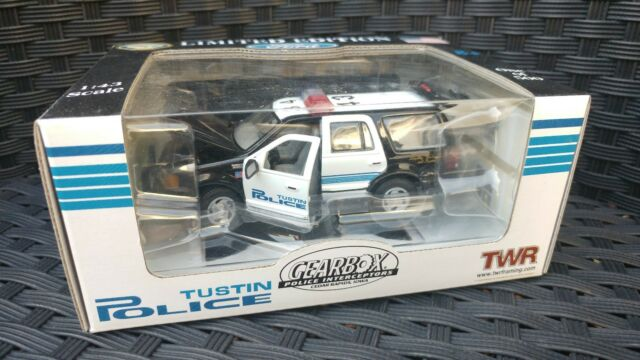 a2c1dfd639 Tustin Police California 2005 Ford Expedition Gearbox Premier for ...
