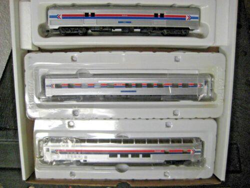 HO WALTHERS AMTRAK 3 CAR TRAIN SET #RRAM1200