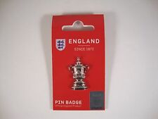 "FA Cup ""Pin"" Badge Cup Trophy Pokal Manchester United ManU Winner Sieger"