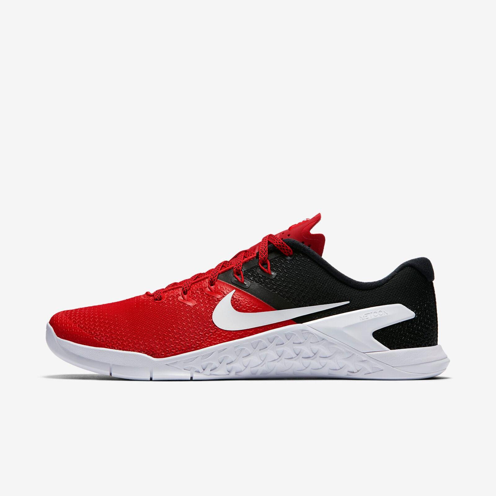 Nike Schuhe Herren Gr.44 schwarz neuwertig
