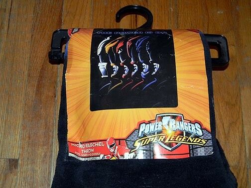 New POWER RANGERS  The Power is On  THROW BLANKET 48 x60  SUPER SOFT Rare HTF