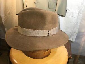 96fdbdc2154 Lands  End Men s Taupe Bogart Fur Felt Fedora Hat w  Weave Ribbon ...