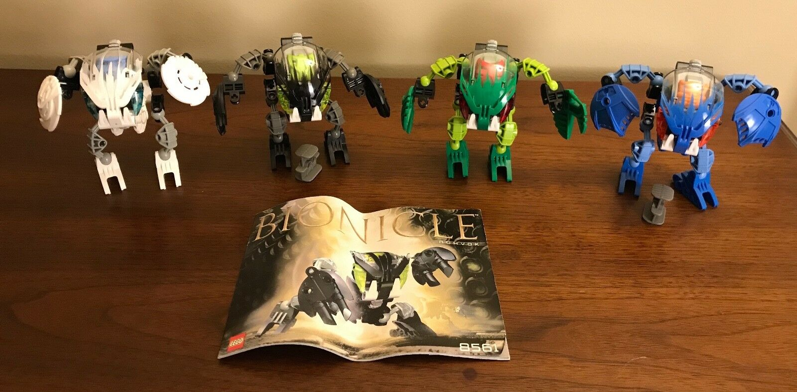 Lego Bionicle BOHROK (8561, 8562, 8564, 8565) Set of 4 - w  Krana
