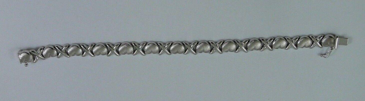 14k White gold Bracelet 7 Inches Long