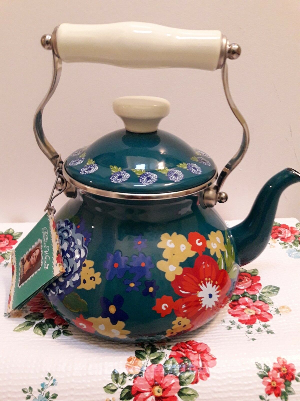 Pioneer Woman Dazzling Dahlias Floral Tea Kettle