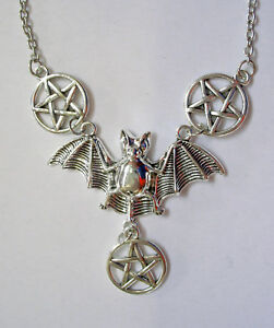 Halskette-Pentagramm-Fledermaus-Necklace-Bat-Drudenfuss-Pentakel