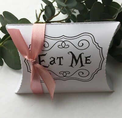 Alice In Wonderland Favour//Gift Box