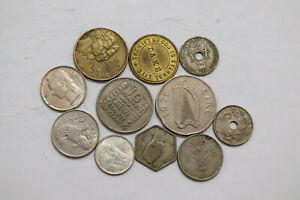 WORLD-COINS-LOT-WITH-SILVER-B20-RR21
