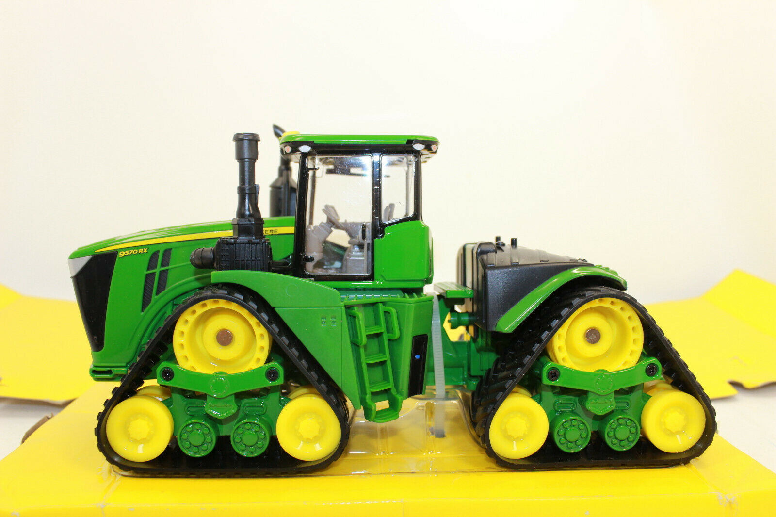 ERTL 45551 John Deere 9570 RX à chenilles tracteur tracteur 1 32 NOUVEAU dans neuf dans sa boîte