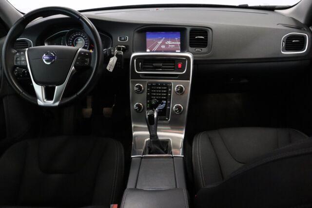 Volvo V60 2,0 D3 150 Momentum Eco