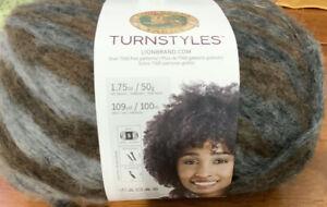 Lion-Brand-Turnstyles-Yarn-Peat-Brwn-Blk-Bulky-5-109-Yds-34-Wool
