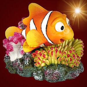 aquarium deko nemo beweglich mit luftanschluss koralle dekoration zubeh r ebay. Black Bedroom Furniture Sets. Home Design Ideas