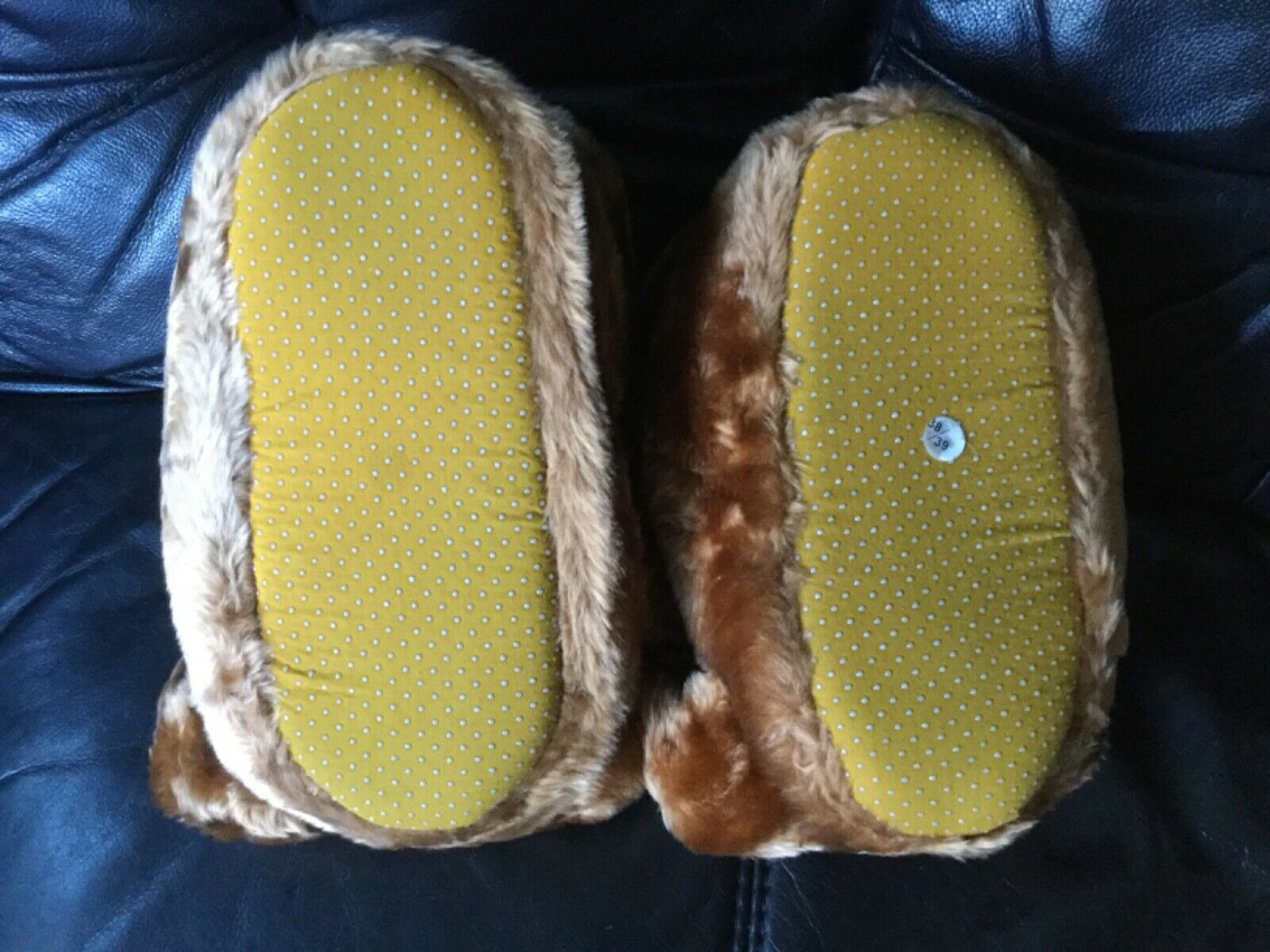 brown teddy bear slippers size 5 made from super soft fabric