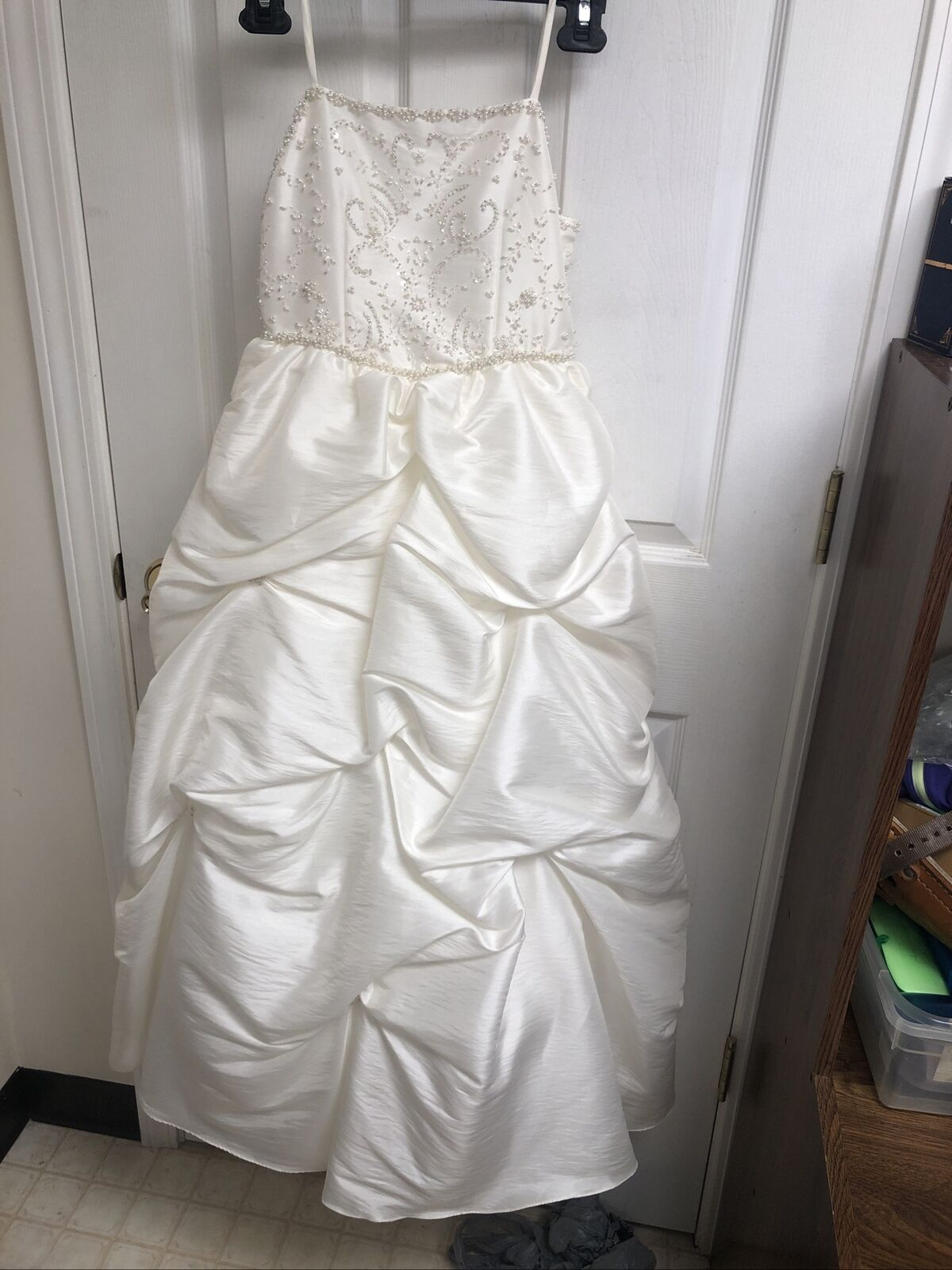 Lilacs and Pearls Communion/Flower girl New Ivory Puffy Sz 10 Gown
