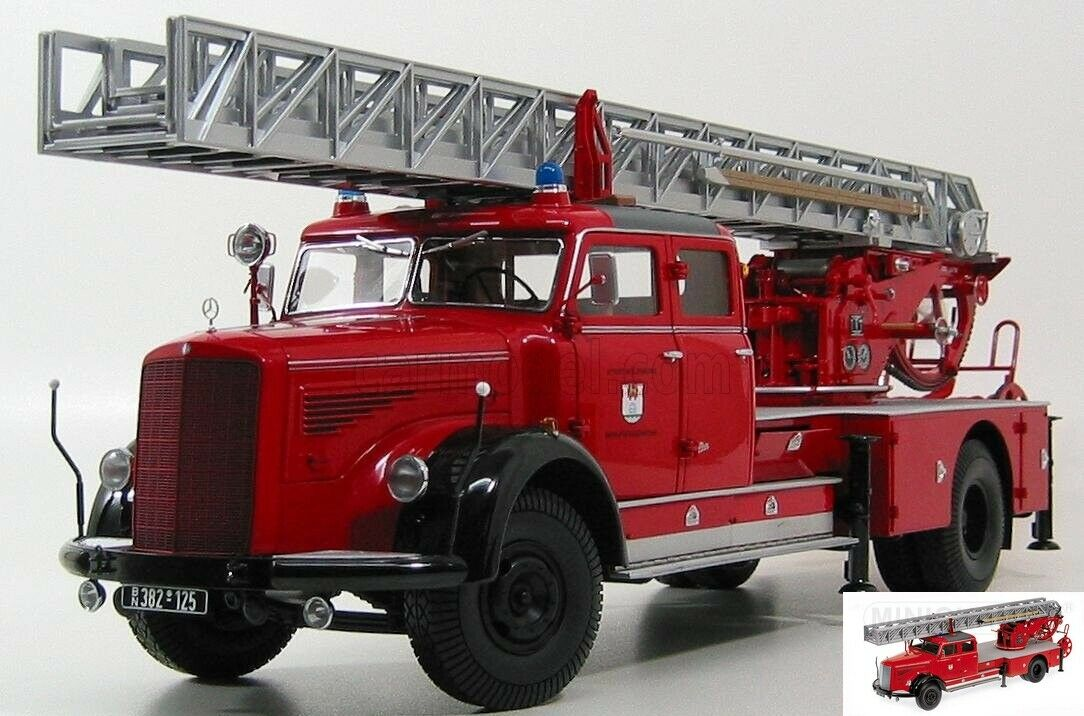 Minichamps Mercedes-Benz L6600 DL30 Fire Engine 1 18  Feuerwehr Wolfsburg