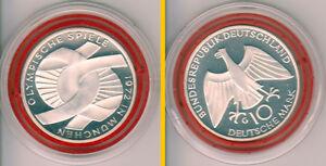"""1972 BRD 10 DM Olympiade München – Verschlungene Arme – PP – Buchstabe """"G"""" - Eppelheim, Deutschland - 1972 BRD 10 DM Olympiade München – Verschlungene Arme – PP – Buchstabe """"G"""" - Eppelheim, Deutschland"""