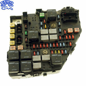 front right fuse box under hood cadillac sts 2005 05 06 07 ebay 2005 Cadillac STS Brake Light Bulb image is loading front right fuse box under hood cadillac sts