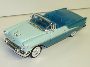 WELLY-1955-OLDS-SUPER-88-CONVERTIBLE-1-26-MINT-GREEN-AND-TEAL-OR-RED-WHITE