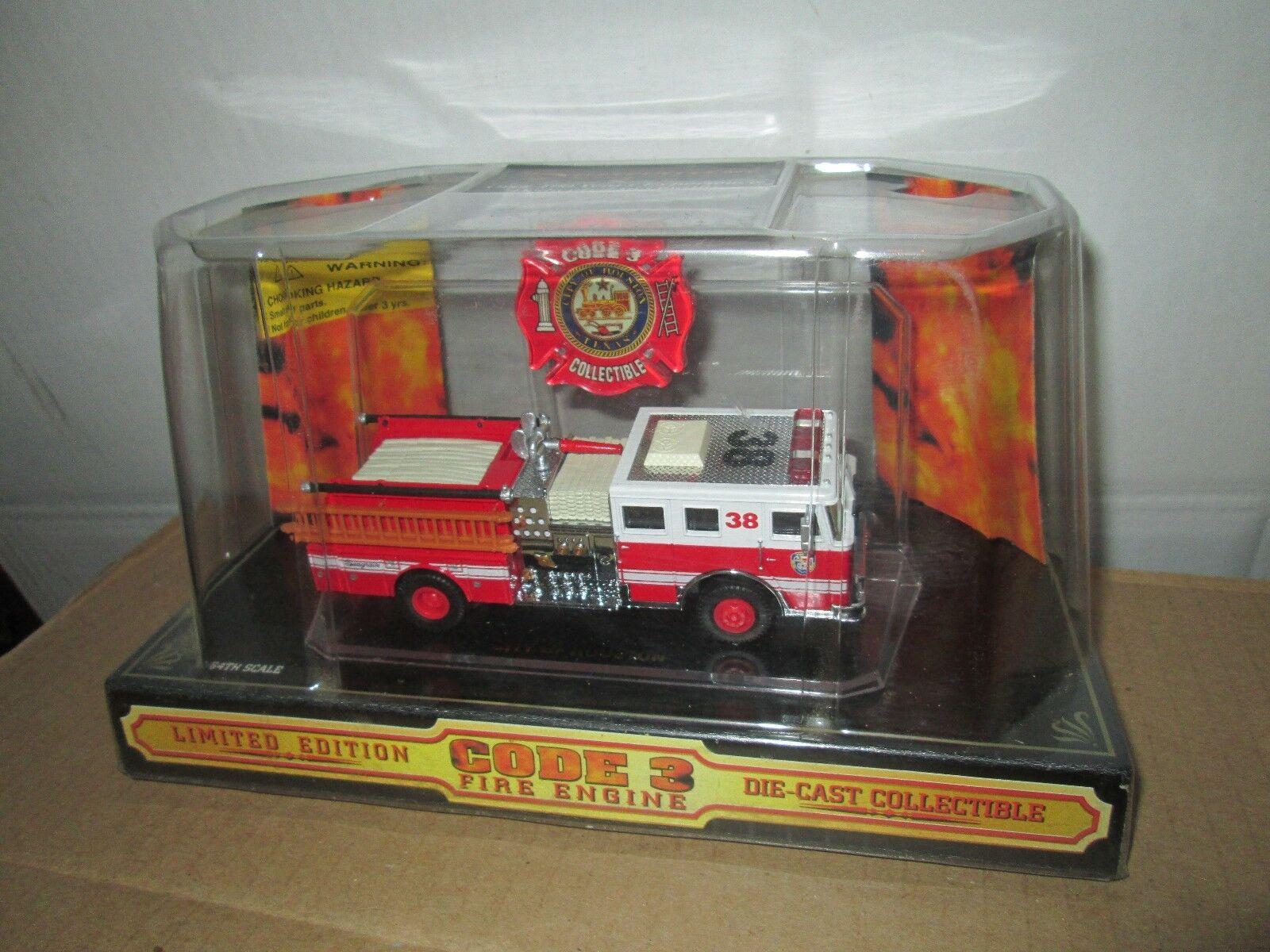 City of Houston CODE 3 seagrave pumper 1 64 64 64 Fire Dept unit 38   02451 truck a4b896