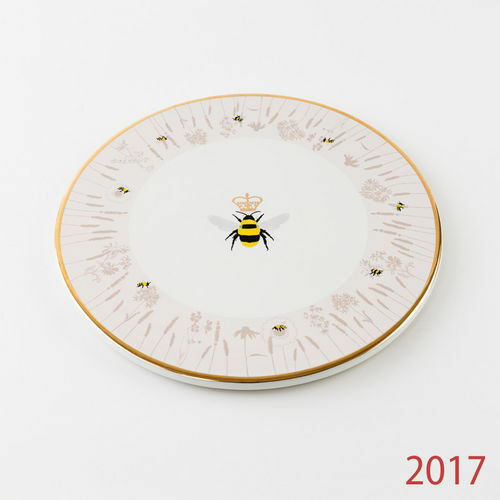 """HY0183 Busy Bees 10/"""" Cheese Plate Kitchen Party Cake Dish Honey Bumble BeeKeeper"""