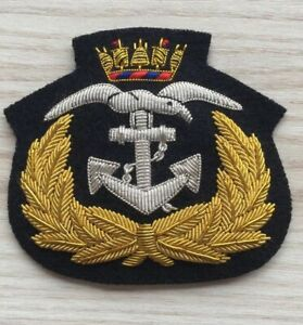 ORIGINAL-NAVY-R-V-C-P-CAP-BADGE