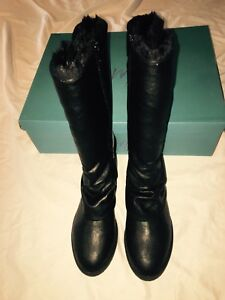 New-in-Box-BLOWFISH-Comfy-Faux-Fur-Lined-Black-Boots-Size-8