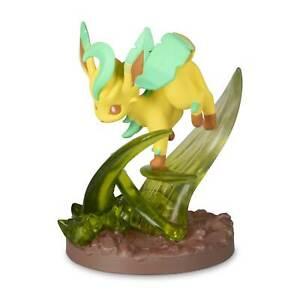 Pokemon-Center-Original-Gallery-Figure-Leafeon-Leaf-Blade