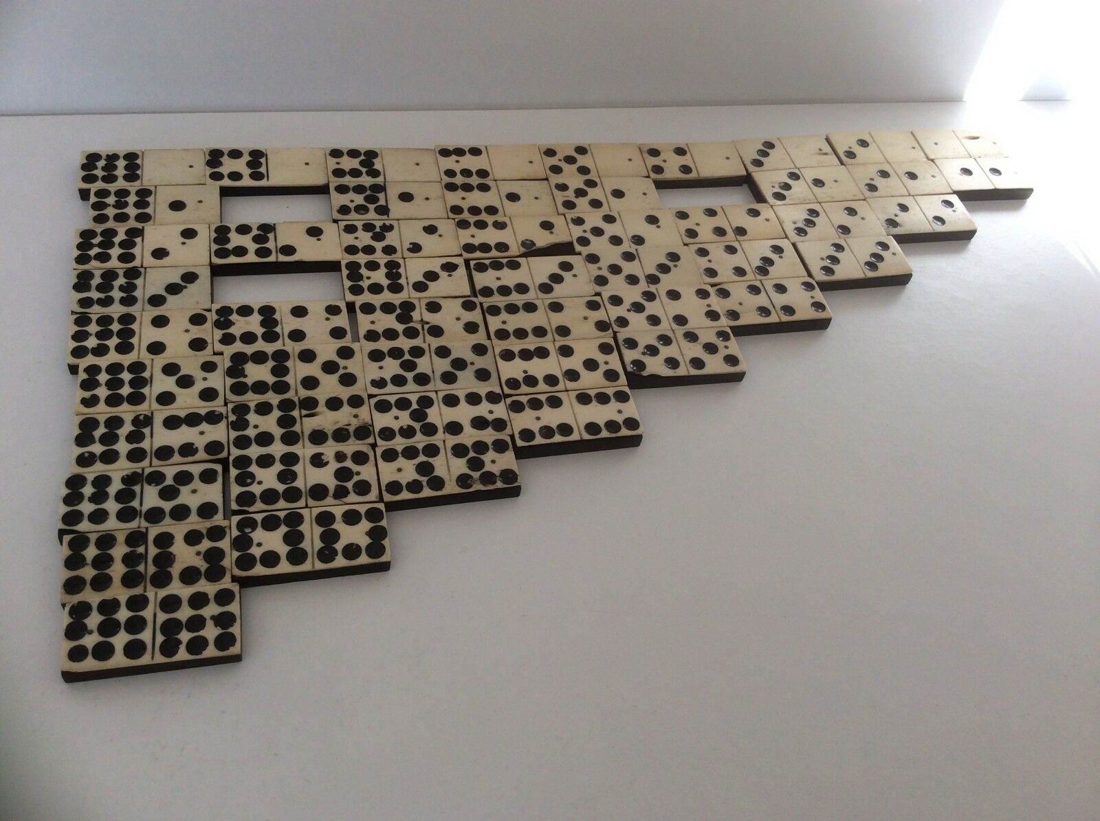 A VICTORIAN SET OF DOMINOS - DOUBLE NINE NINE NINE - 51 PIECE b55016