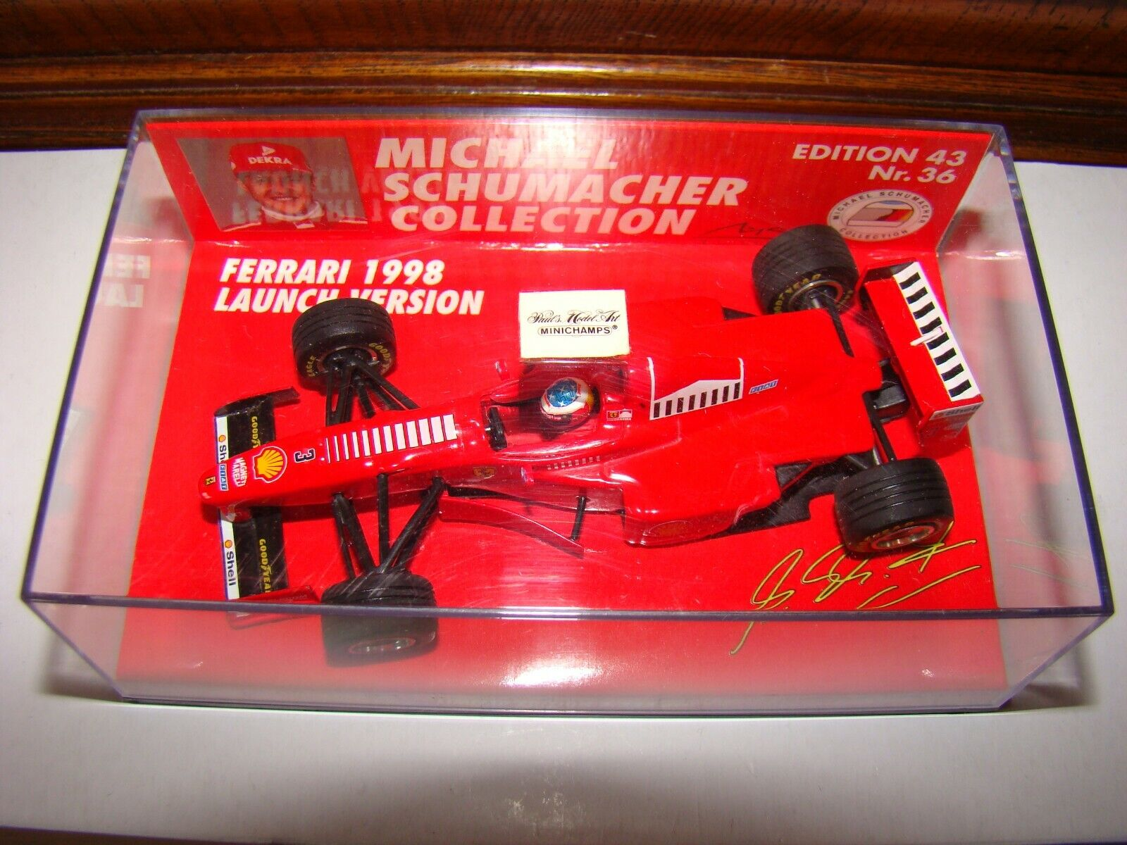 FERRARI   M.SCHUMACHER MINICHAMPS LAUNCH VERSION 1998 1 43 EME  SUPERBE  ET RARE
