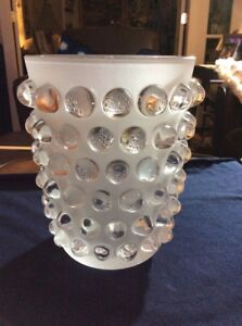 Lalique-Crystal-Mossi-Vase-1220700-Retails-for-2800-Signed-amp-Authentic