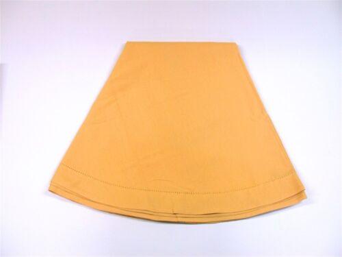 "Lintex Hemstitched Banquet Tablecloth ~ Oblong ~ Gold ~ 60/"" x 84/"" **NEW**"