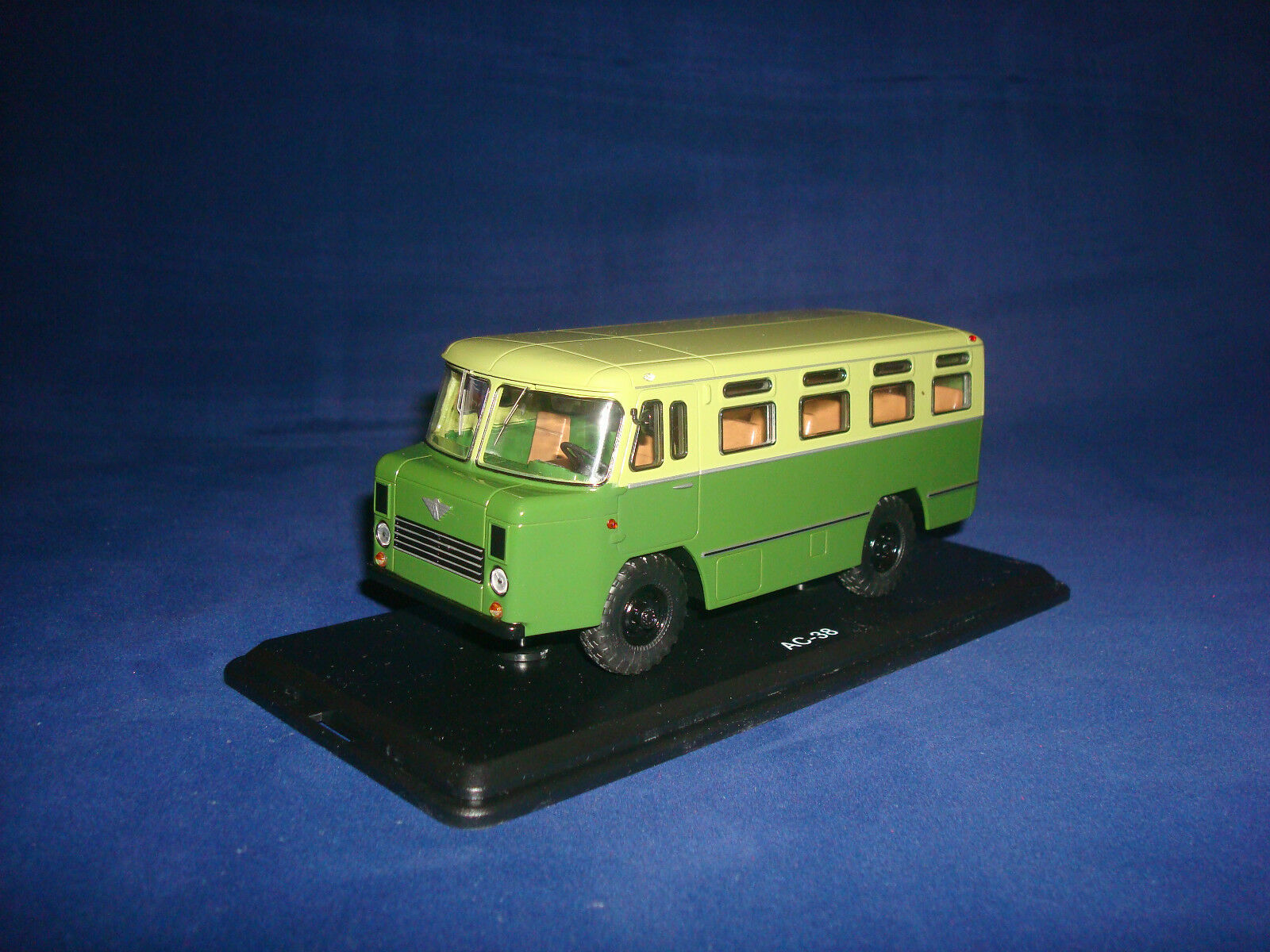 Entrega gratuita y rápida disponible. Bus del ejército ejército ejército como 38 Caqui SSM de dos tonos 4013 1 43  precios bajos