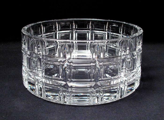 STUNNING MARQUIS BY WATERFORD CUT CRYSTAL CROSBY BOWL CONTEMPORARY MODERN