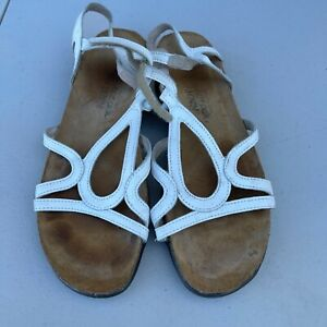 Naot White Leather Geometric Design Strappy Sandals Womens EUR 39 US 8
