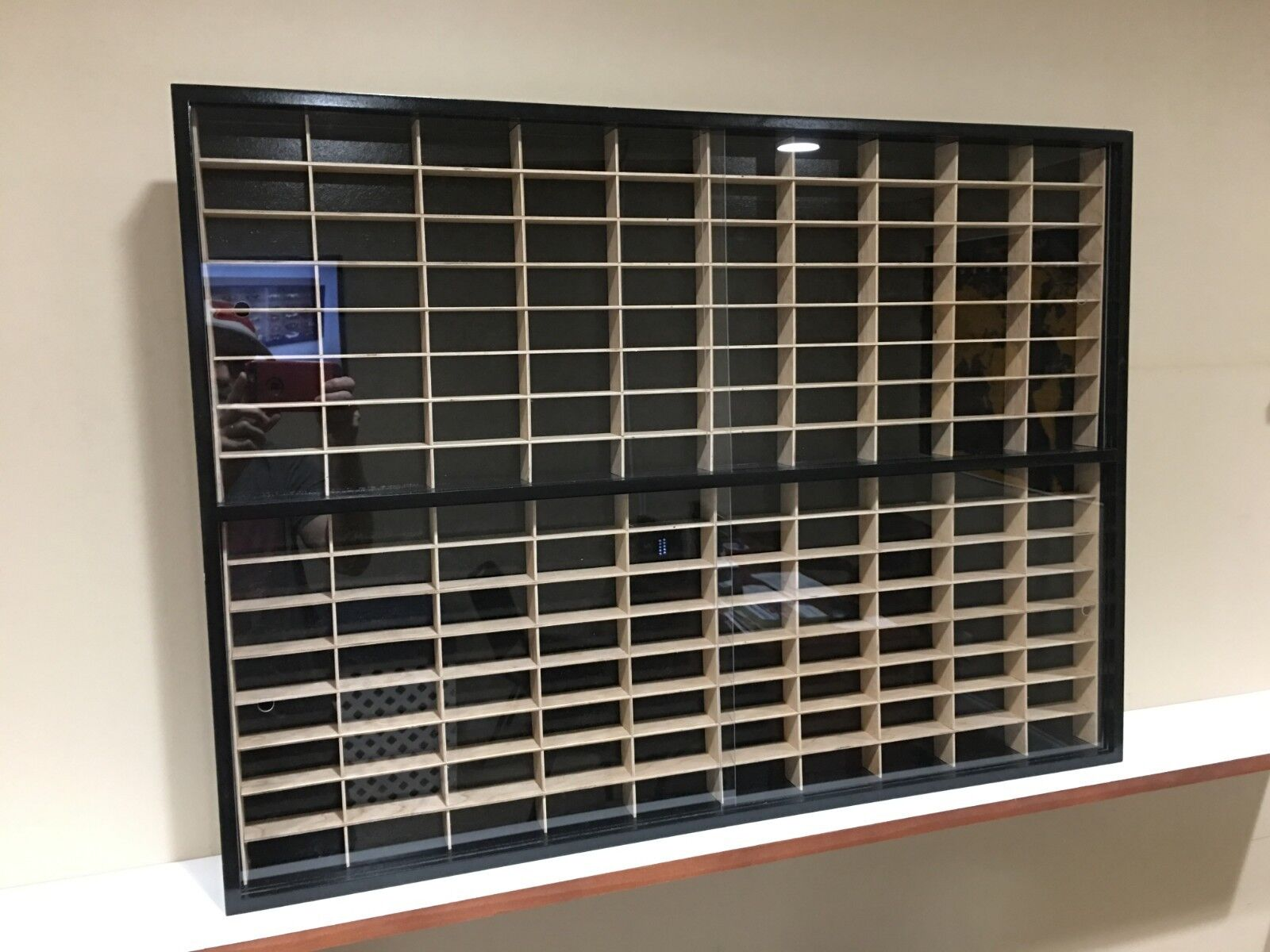 Display case cabinet for 1 64 diecast scale cars (hot wheels, matchbox) 160NBW-1