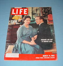 LIFE MAGAZINE MARCH 14 1960 ELVIS COMES HOME ROBERT JONES  BURIED GOLD ARMY